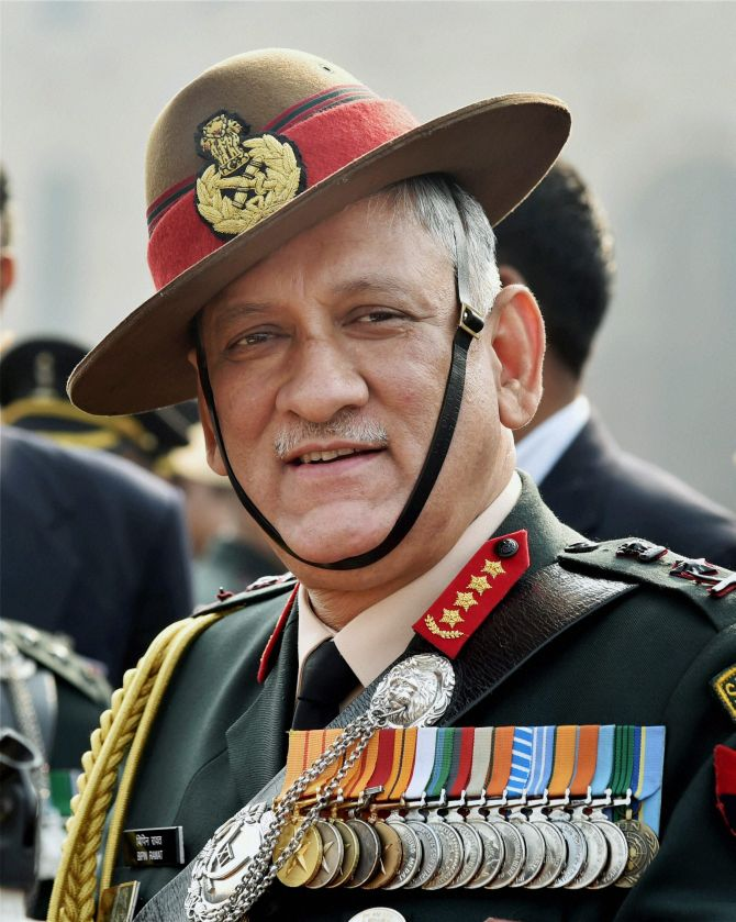 Army chief reviews security situation in JK