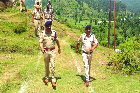 DGP reviews security arrangements for Amarnath Yatra