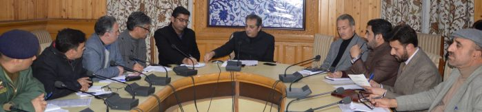 Dal Lake To Be Beautified Under Smart City Plan: Div Com