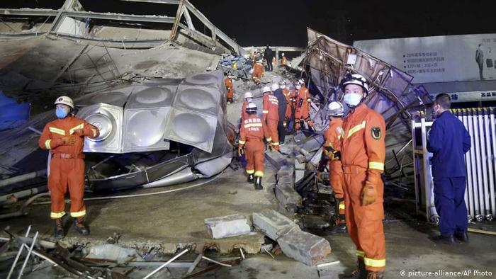 38 rescued after hotel collapse in east China
