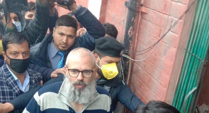 Omar Abdullah set free after 8 months