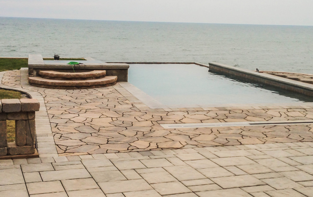 inground pool, Irondequoit Bay, Rochester NY, Lake Ontario, negative edge pool, natural pool, lgunite swimming pool, lakefront pool and spa, infinity hot tub, concrete