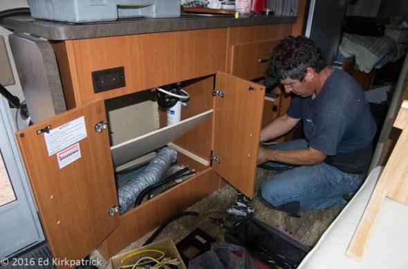 RV Solar Power Installation
