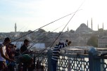 The ammount of people fishing in this bridge is amazing