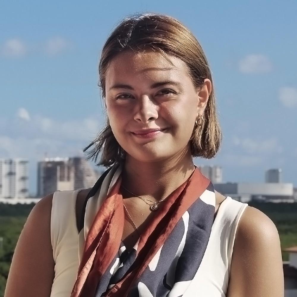 Alicia Guzzy