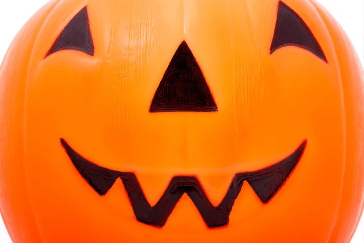 Baby's First Halloween Tips: Carving Puimpkins Together