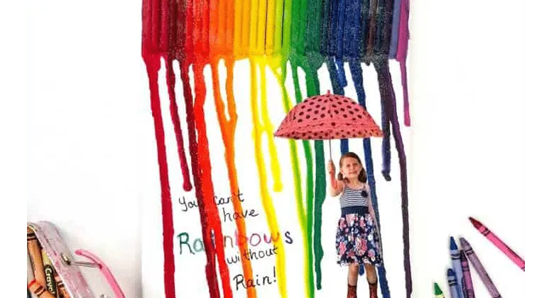 Melted Crayon Art Project, make beautiful cards for moms!