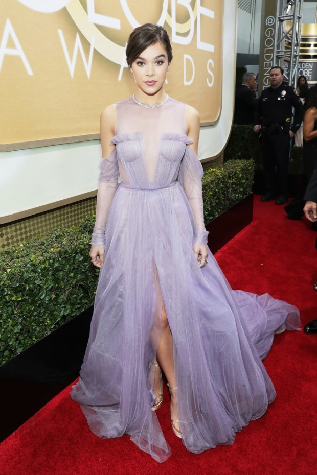 Image result for Hailee Steinfeld in Vera Wang Collection