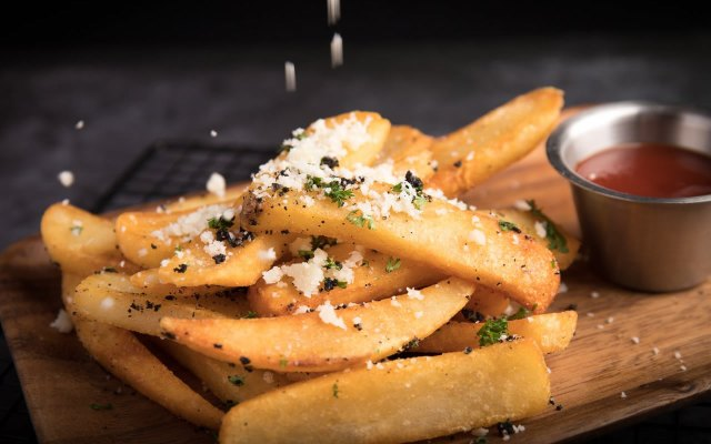 french fries - 5 Unhealthy Fast Foods