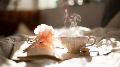 Meditar con una taza de te