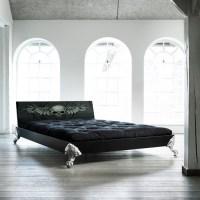 Karup EAGLE Massivholzbett Black Scull 140 x 200 cm