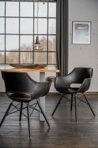 KAWOLA Essgruppe 5-Teilig mit Esstisch Baumkante nussbaumfarben Fuß silber 160x85cm und 4x Stuhl ZAJA Kunstleder schwarz