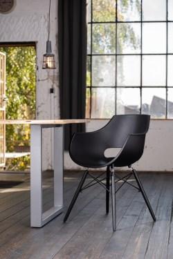 KAWOLA Essgruppe 5-Teilig mit Esstisch Baumkante nussbaumfarben Fuß silber 140x85cm und 4x Stuhl ZAJA Kunststoff schwarz