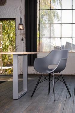 KAWOLA Essgruppe 5-Teilig mit Esstisch Baumkante nussbaumfarben Fuß silber 140x85cm und 4x Stuhl ZAJA Kunststoff anthrazit