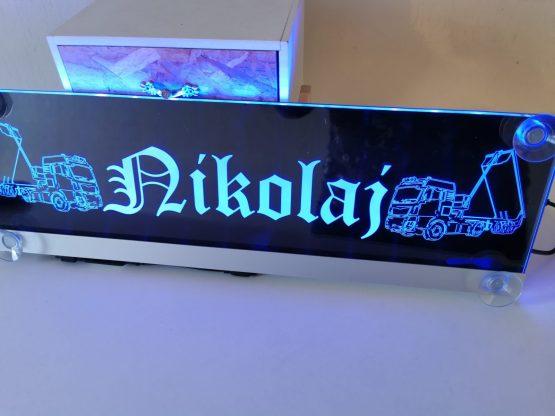 Edel gedrucktes und beleuchtetes Namensschild für deinen LKW