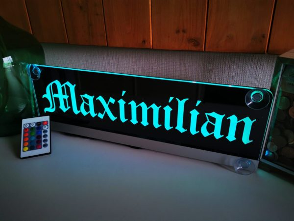 Beleuchtetes Namensschild mit deinem Motiv für deinen LKW
