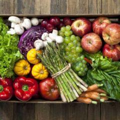 Симптомите на менопауза може да ги олесни исхрана богата со овошје и зеленчук