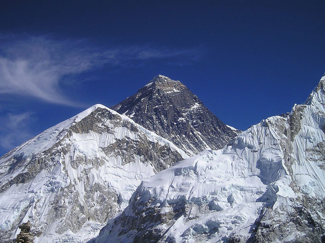 Mount-Everest-Stone-Face