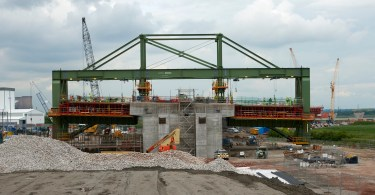 Wing Traveller Machine Starts Work On Outer Road Deck Of Mersey Gateway North Approach Viaduct In Widnes