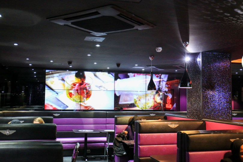 Creams Cafe Unveils Cutting Edge Customer Entertainment System