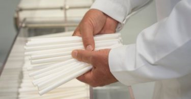 Plastico and Transcend Packaging Partner to Supply Paper Straws to the Hospitality Sector