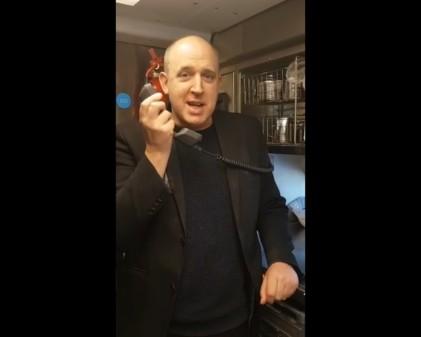 Virgin Passengers Stunned as Comedian Tim Vine Takes Cver Tannoy