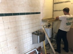 Covers Brighton helps create food bank