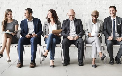 Strategies to Stand Out in a Crowded Employment Market