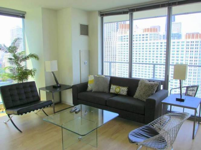 Bright Furnished Apartments In Downtown Chicago