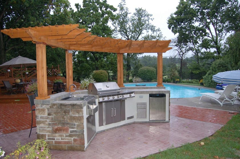 incorporate an outdoor kitchen to your