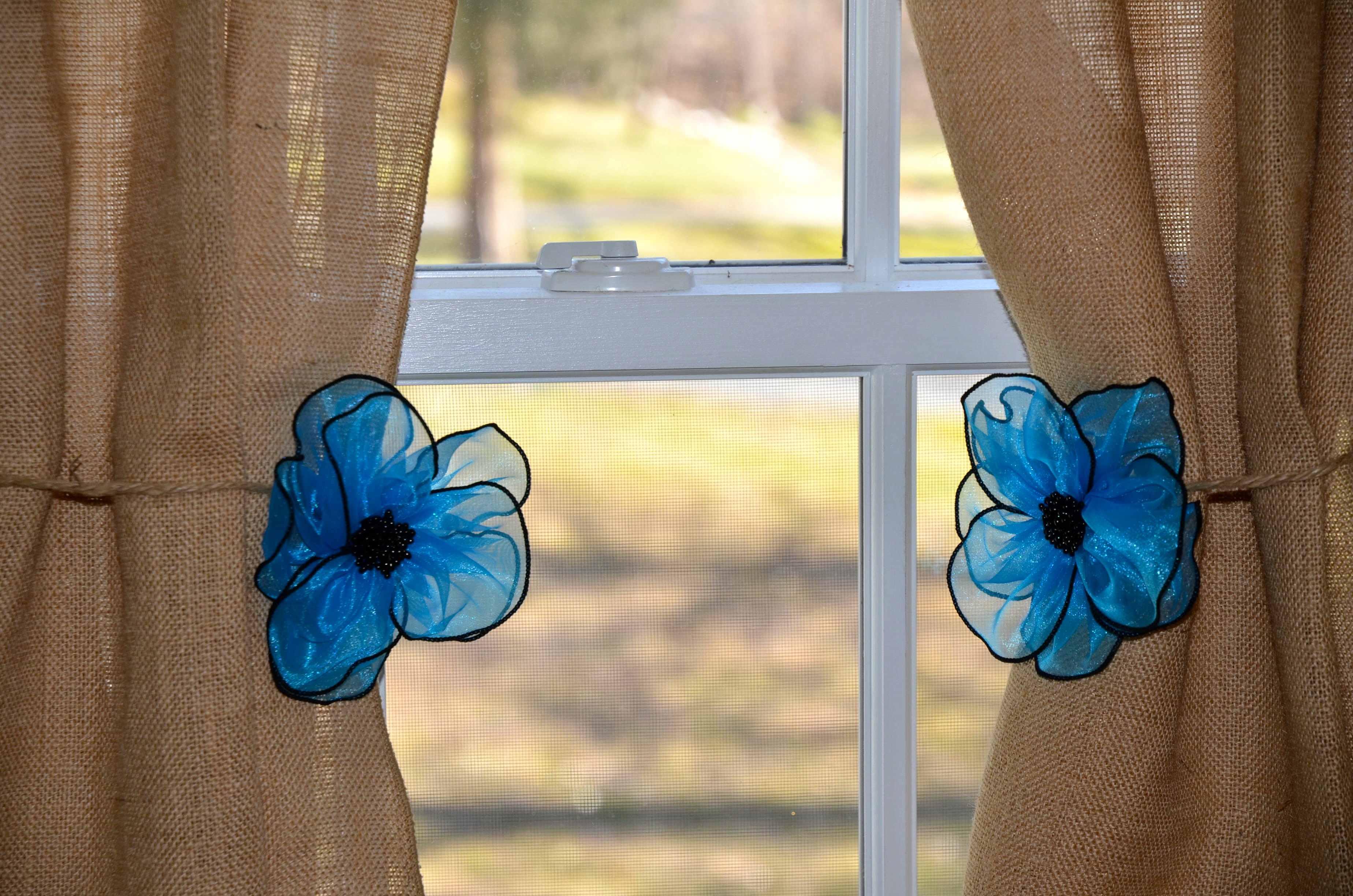 triggono curtains