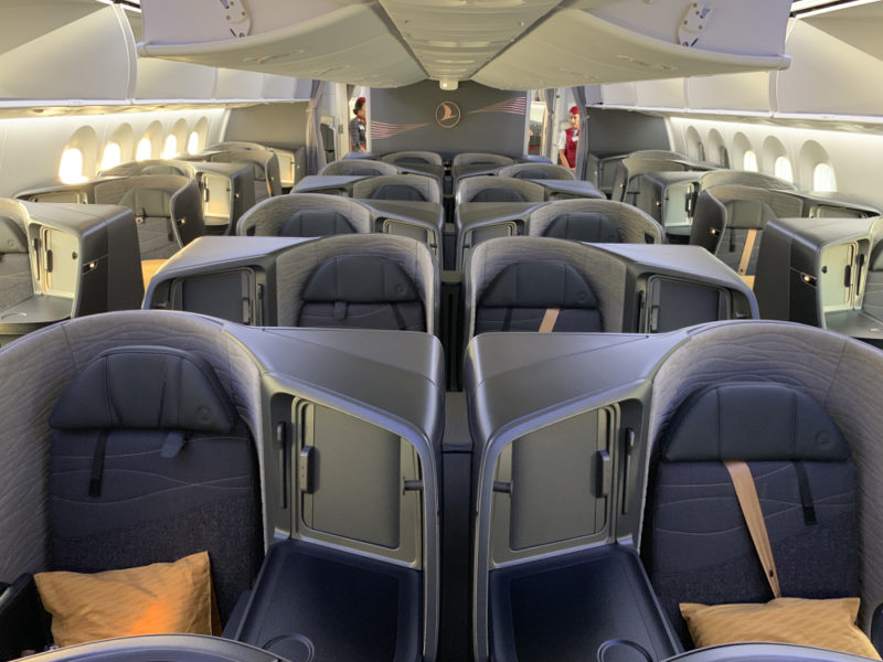 Turkish Airlines B787 Business Class (Photo by Sam Chui)