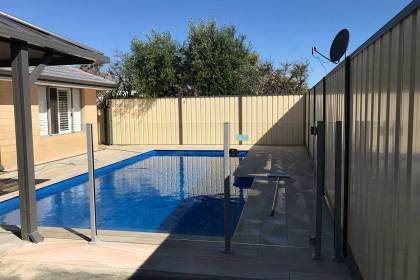 Pool Fencing – KINROSS
