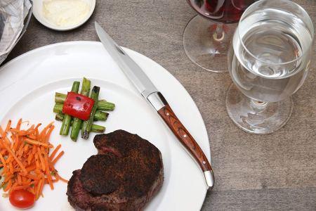 non-serrated steak knives