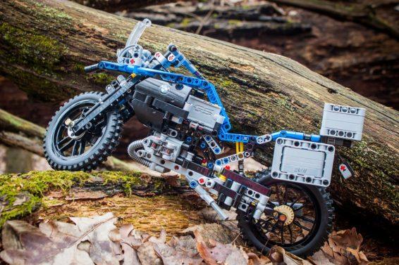 lego-technic-bmw-28