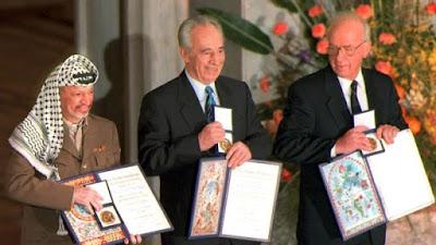 Shimon Peres, former Israeli president, dies aged 93