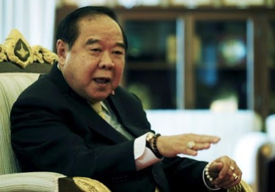 Thai deputy PM contradicts police, says bombings not linked to Muslim insurgency