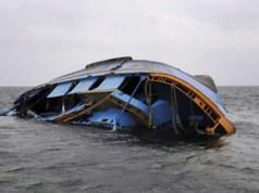16 die as boat capsizes in India