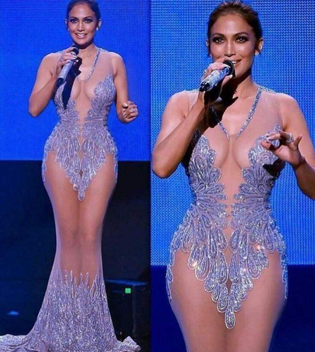 Viral photo of Jennifer Lopez