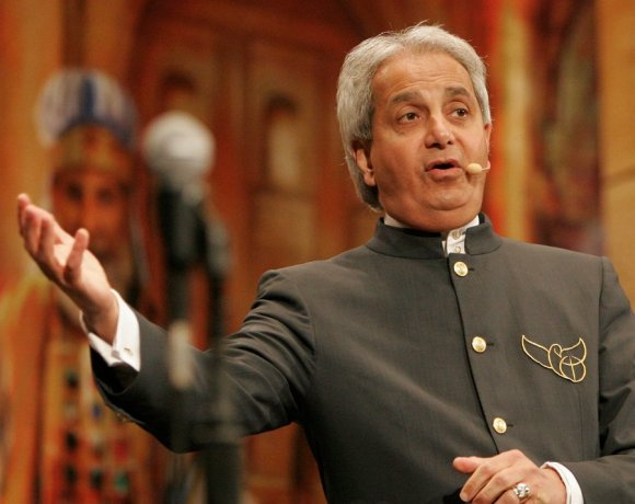 Benny Hinn admits going too far with prosperity preaching