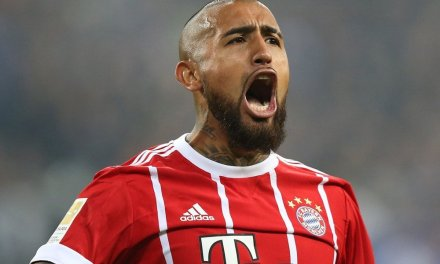 Latest Transfer News: Arturo Vidal moves closer to €20m Barcelona transfer
