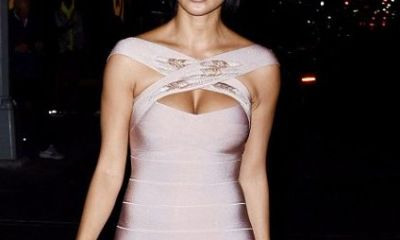 Nicole Scherzinger flashes her cleavage at New York Fashion Week