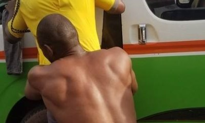 Driver strips completely naked to evade arrest by officials of Anambra Traffic Management Agency