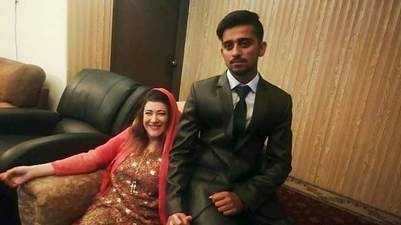 41-year-old American woman marries 21-year-old Pakistani student 10 months after meeting on Instagram (photos)