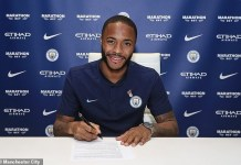 Raheem Sterling officially signs new £300,000 per week deal with Man.City, becomes England's highest-earning player