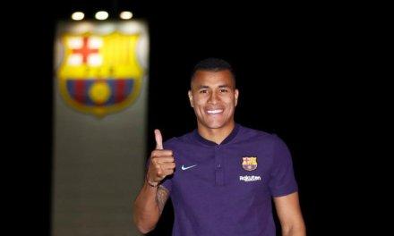 Transfer News: Barcelona sign new defender from Valencia