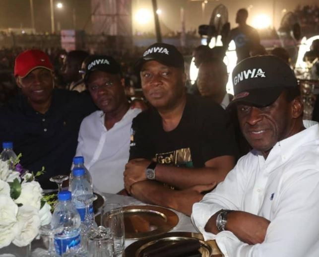 Senate President, Bukola Saraki attended Davido's concert in Lagos (Photos)