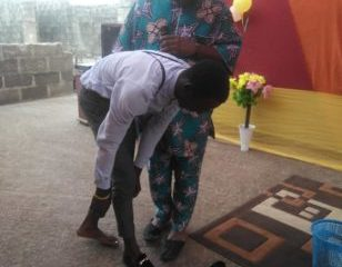 Lagos pastor allegedly calls Daddy Freeze an idiot, while exchanging shoe worth 145k with member