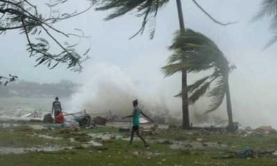 cyclone hits Mozambique and Zimbabwe
