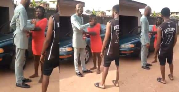 Prostitute embarrasses man in public over N5K payment In Anambra (Video)